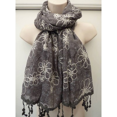 Tassled Embroidered Daises (Grey)