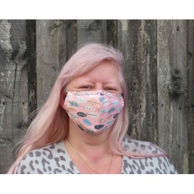 Adjustable Filter Mask - Mixed Feathers (Pink)