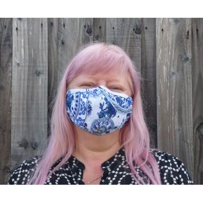 Adjustable Filter Mask - Damask YC (White / Blue)