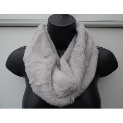 Mini Plush Twist Snood