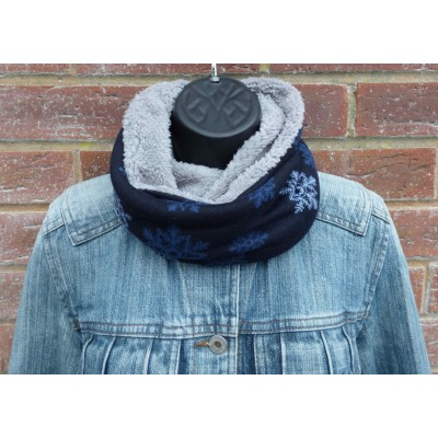 Fleece Lined Close Fit Snowflake Snood (Navy)