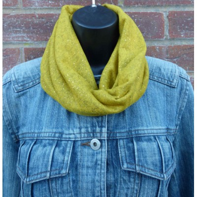 Close Fit Gold Speckled Snood