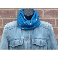 Close Fit Rose Gold Bees Snood