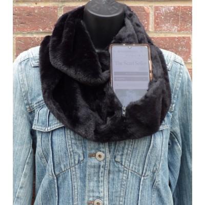 Full Length Plush Hidden Zip Snood BG734675 (Black)