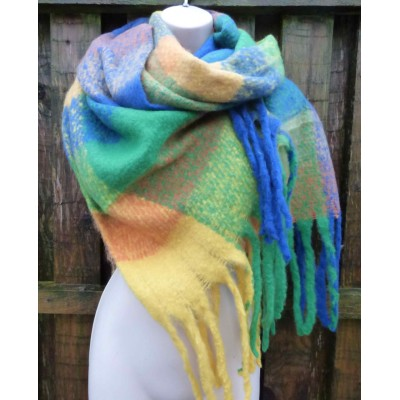 Block Teddybear Wrap (Green / Yellow / Blue)