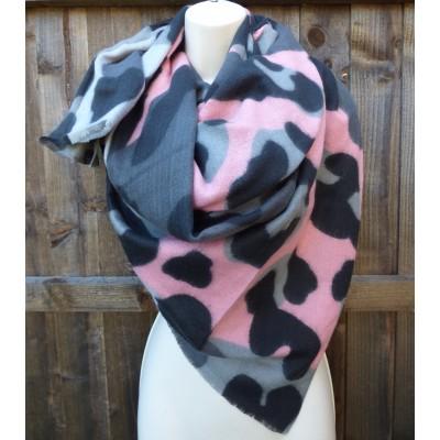 Bold Leopard Wool Mix Wrap M3679 (Grey / Pink)